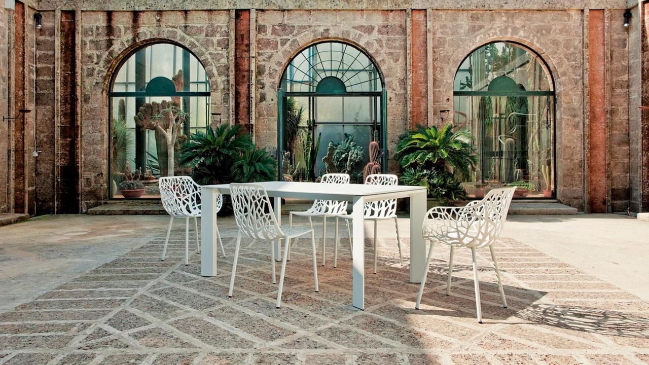 Fast puglia bari carrieri design arredamento - Mobili giardino varese ...